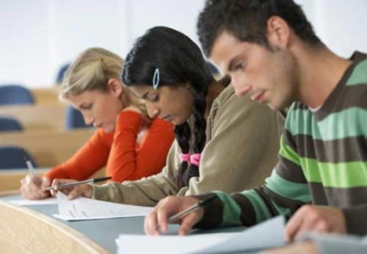Ao todo, são ofertadas 100 vagas em informática para internet e manutenção e suporte em informática - Foto: Reprodução