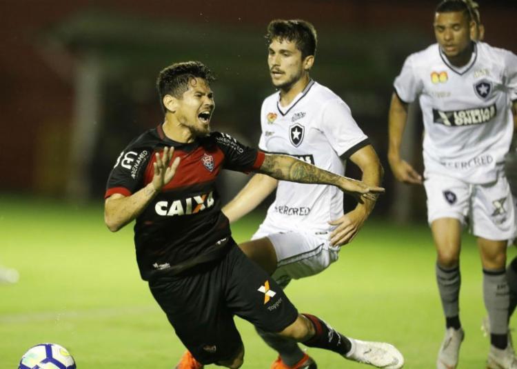 Vitória enfrenta o Botafogo no Barradão pela 26ª rodada do Campeonato Brasileiro - Foto: Raul Spinassé   Ag. A TARDE