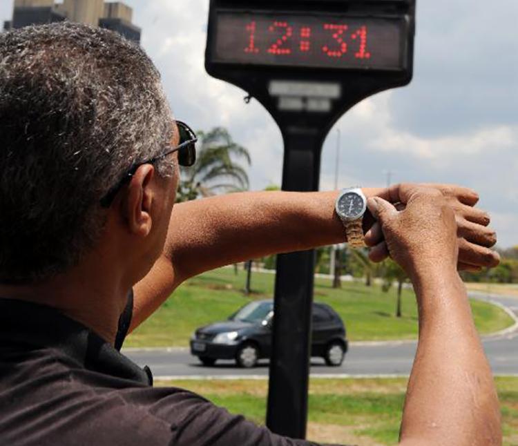 Horário de verão começa no dia 4 de novembro; data pode ser mudada por causa do Enem - Foto: Renato Araújo | Agência Brasil
