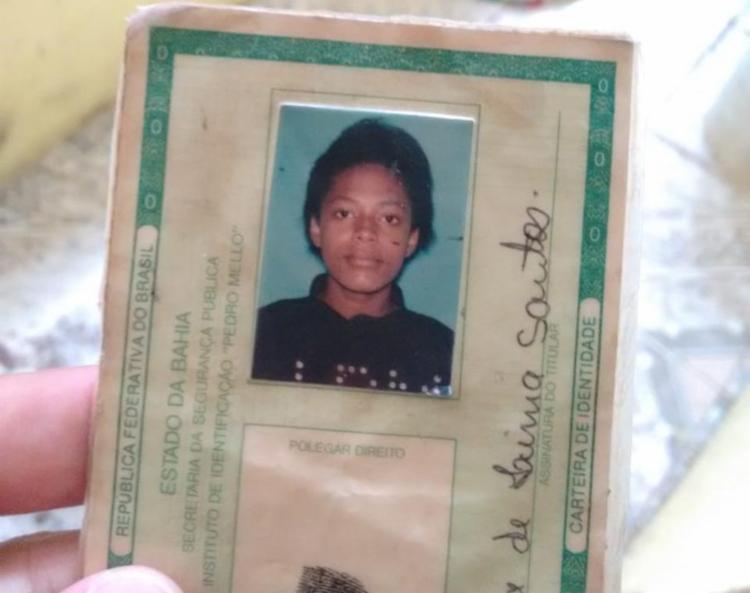 Sara estava na casa do namorado quando foi morta por três suspeitos - Foto: Raul Aguilar | Ag. A TARDE