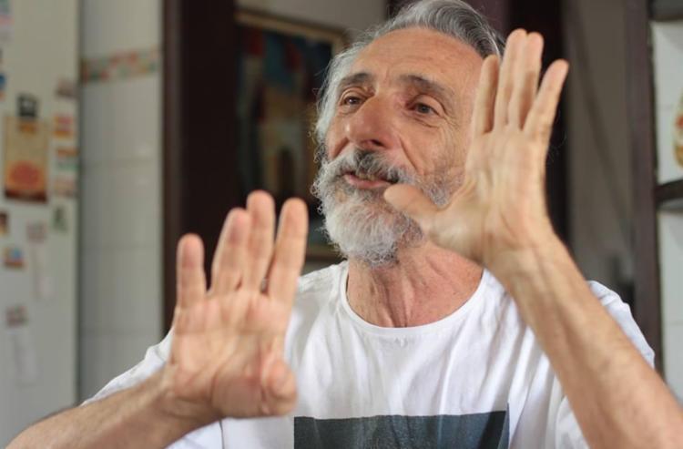 Cineasta Edgard Navarro oferece uma discussão centrada na dicotomia razão vs fé - Foto: Divulgação