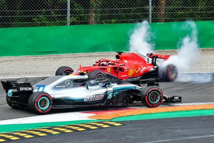 Hamilton abriu 30 pontos de vantagem para Vettel na liderança do Mundial de Pilotos - Foto: Giuseppe Cacace | AFP