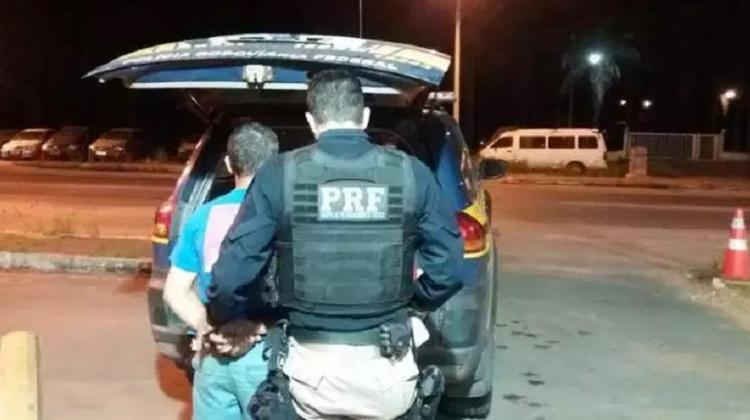 O homem de 51 anos tentou fugir, mas foi alcançado e detido pela PRF - Foto: Divulgação