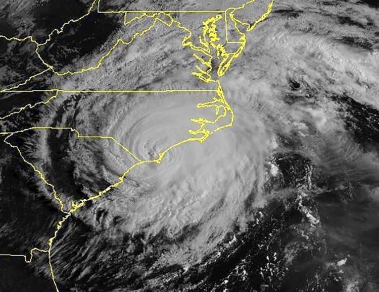 Florence tem ventos máximos sustentados de 150 quilômetros por hora - Foto: AFP