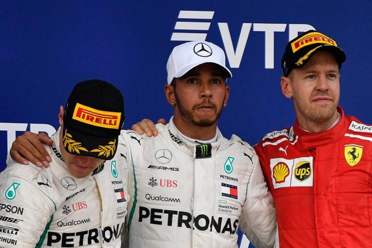 Hamilton e Bottas no pódio do GP da Rússia: