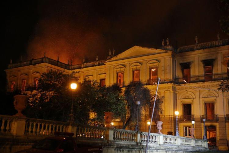 Museu Nacional do Rio pegou fogo neste domingo, 2 - Foto: Tânia Rego | Agência Brasil