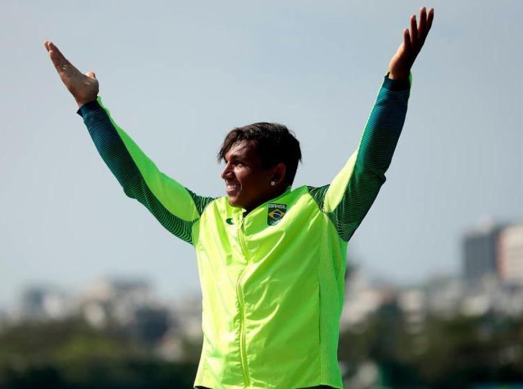 Brasileiro diz para torcedores esperarem grande disputa entre os dois na Olimpíada de Tóquio - Foto: Alexandre Loureiro / Exemplus / COB