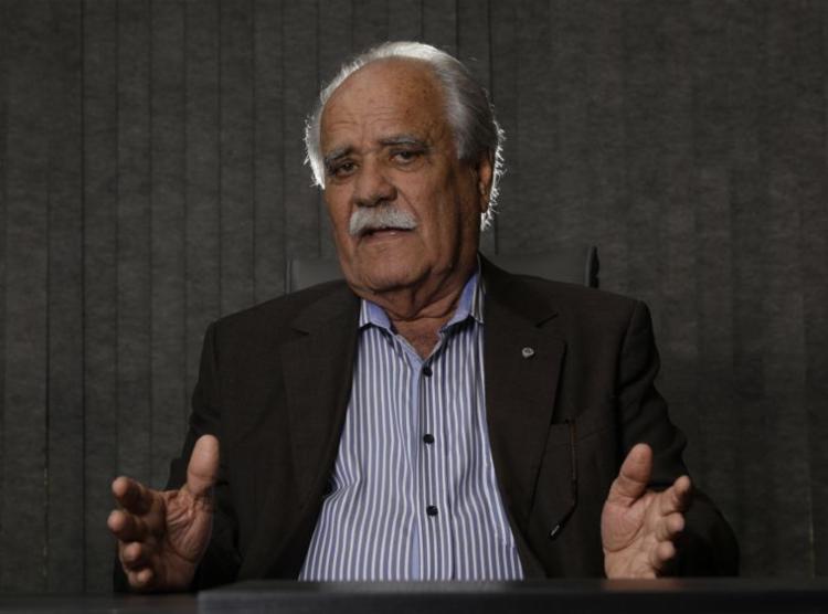 Candidato ao governo, João Santana, explica suas principais propostas de campanha - Foto: Margarida Neide | Ag. A TARDE