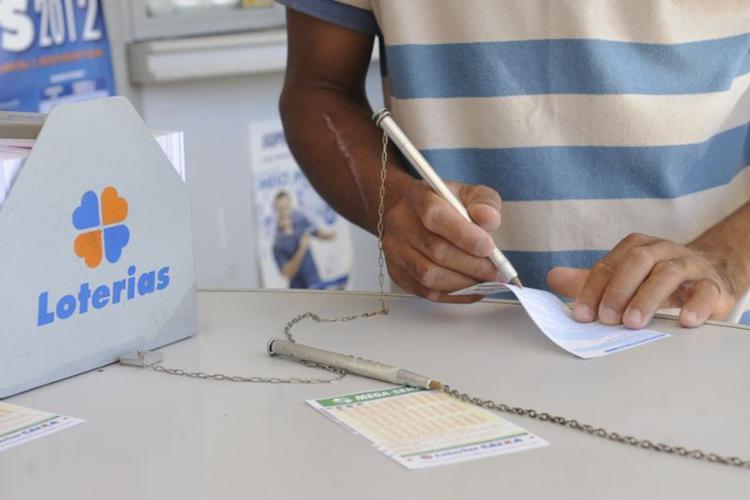 Os dois sorteios serão realizados na noite de hoje, a partir das 20h (horário de Brasília) - Foto: Agência Brasil