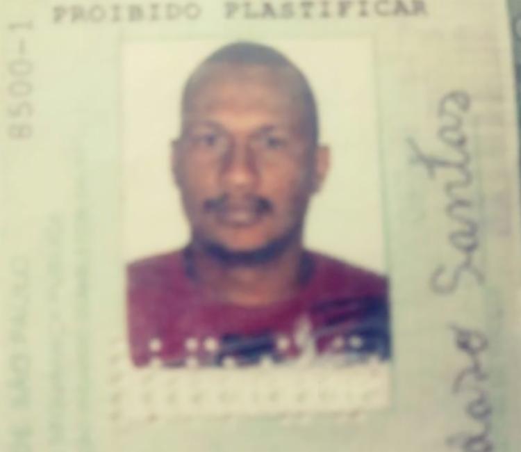 Adeilto estava no quarto do imóvel quando foi executado com 20 tiros - Foto: Reprodução | Vermelhinho BA