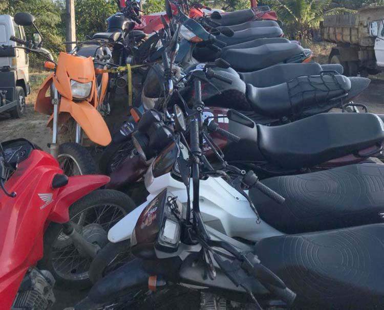 84 veículos com irregularidades foram recolhidos ao pátio da PRF - Foto: Divulgação | PRF