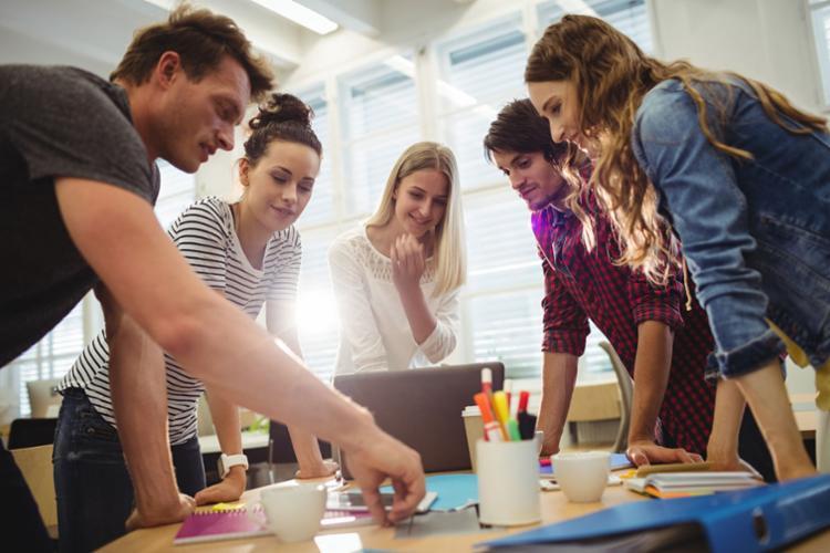 Os estudantes precisam estar cursando a partir do 4º semestre - Foto: Divulgação | Freepik