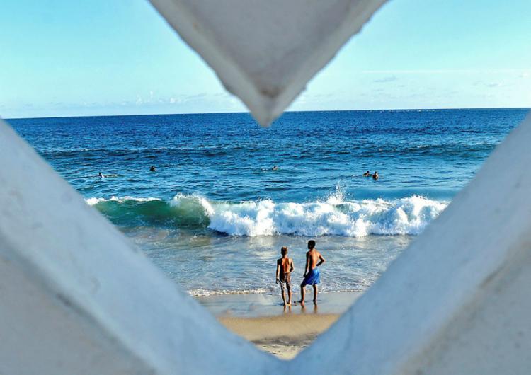 O Governo acredita que destinos de sol e praia estão em alta - Foto: Shirley Stolze | Ag. A TARDE
