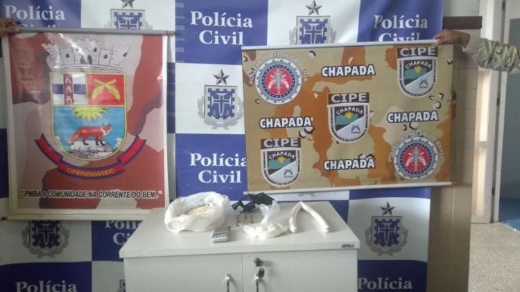 Materiais foram encontrados com Adilson, que não resistiu e Alessandro - Foto: Divulgação   SSP-BA