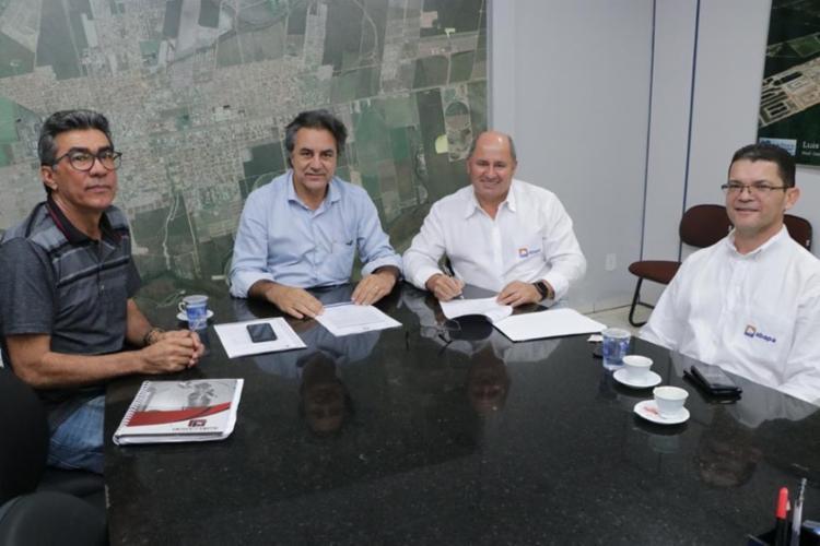 A recuperação de 60 km da estrada do Alto Horizonte é ofoco do documento que prevê a parceria entre poder público e produtores do Oeste baiano - Foto: Divulgação