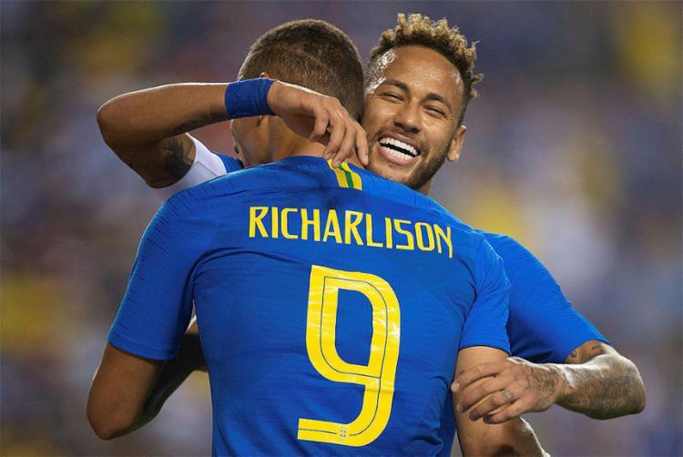 Com dois gols, atacante do Everton foi destaque na partida contra a fraca equipe de El Salvador - Foto: Pedro Martins l MoWA Press