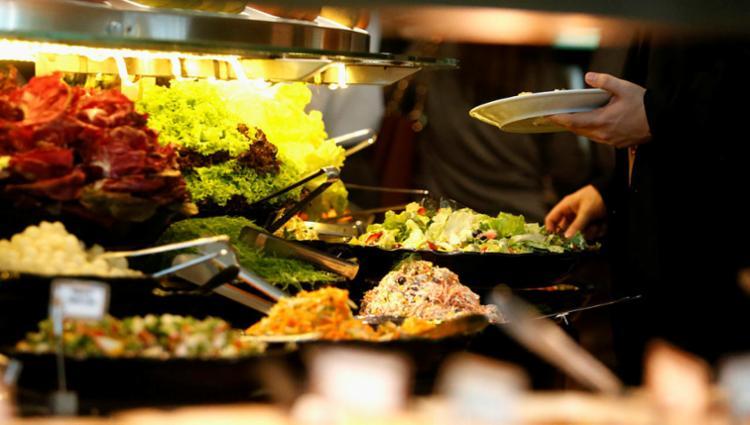 Há oportunidades para subchefe de cozinha e cozinheiro de restaurante - Foto: Joá Souza   Ag. A TARDE