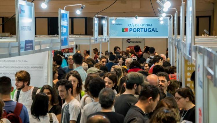A feira reuniu mais de 10 instituições de diferentes países - Foto: Divulgação