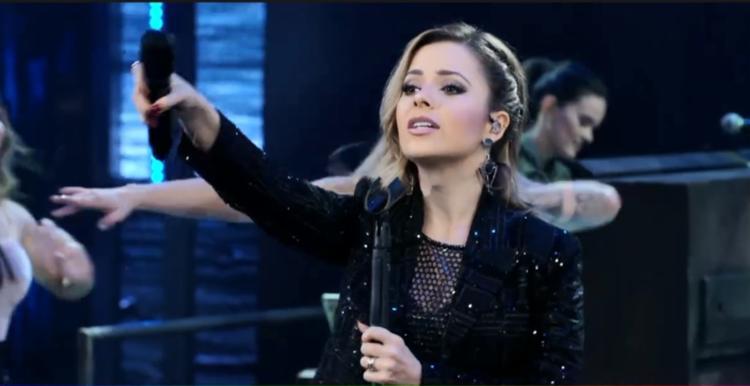 Sandy foi uma das atrações do no Domingão do Faustão - Foto: Reprodução | TV Globo