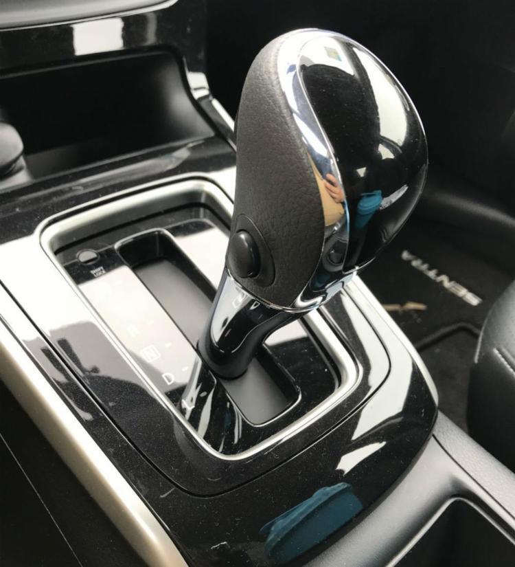 Câmbio X-Tronic da Nissan (March, Versa, Sentra e Kicks): CVT sem simulação de marchas com foco no conforto - Foto: Marco Antônio Jr. | Ag. A TARDE