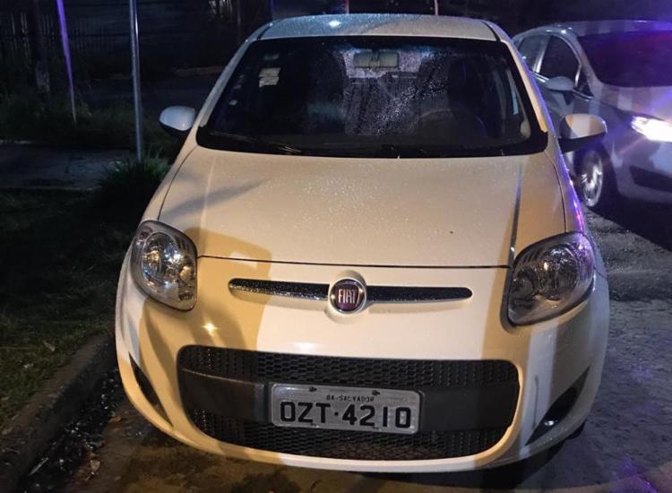 Suspeitos confessaram que haviam roubado o veículo momentos antes da abordagem - Foto: Divulgação | SSP-BA