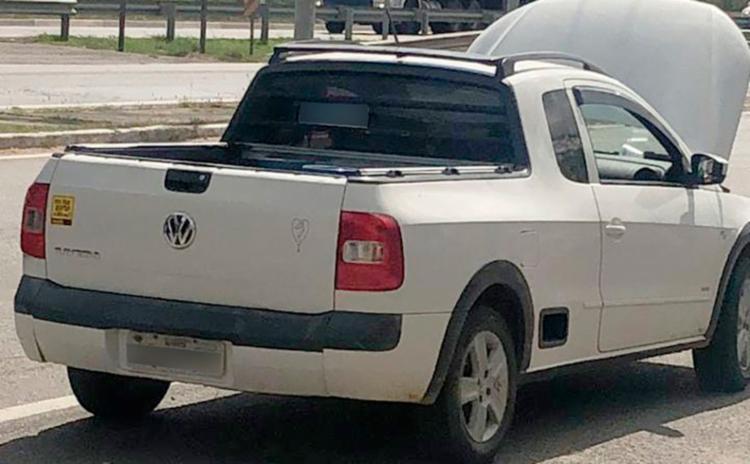 Veículo estava com as placas adulteradas para mascarar o crime - Foto: Divulgação | PRF