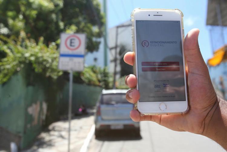Primeiro aplicativo para a zona azul é o Estacionamento Digital - Foto: Margarida Neide | Ag. A TARDE
