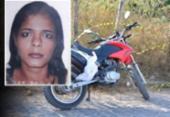 Mulher é assassinada a tiros enquanto pilotava moto em Feira de Santana | Foto: Reprodução | Voz da Bahia