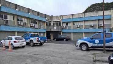 Corpo da vítima foi encaminhado ao DPT do município - Foto: Reprodução| Acorda Cidade