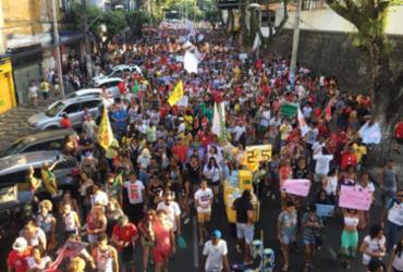 Ato pela Democracia é realizado no centro de Salvador