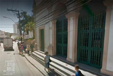 Pedestre é atropelado por carro na avenida Dom João VI | Reprodução | Google Maps