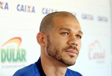Capitão nas últimas duas rodadas, Nilton quer apoio da torcida contra o Paraná | Felipe Oliveira | EC Bahia