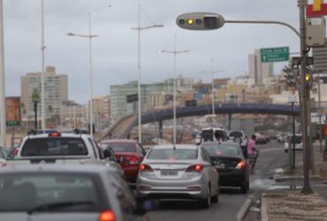 Chuva provoca deslizamentos de terra e falhas em semáforos de Salvador | Raul Spinassé | Ag. A TARDE