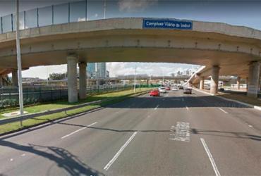 Motorista fica ferido durante colisão entre dois veículos na Paralela | Reprodução | Google Maps