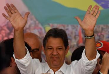 Pelo Twitter, Fernando Haddad deseja sucesso ao presidente eleito Jair Bolsonaro | Nelson Almeida | AFP