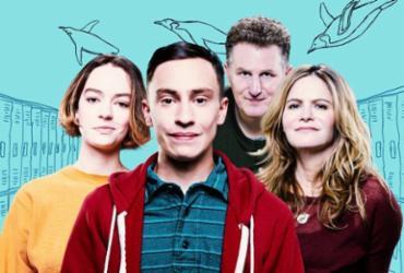 Atypical possui duas temporadas e retrata a vida de um adolescente com traços de autismo - Divulgação | Netflix