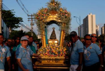 Procissão marca dia de Nossa Senhora Aparecida em Salvador |