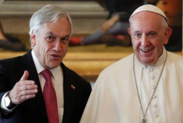 Papa expulsa da Igreja outros dois bispos chilenos por abusos sexuais | Alessandro Bianchi | AFP