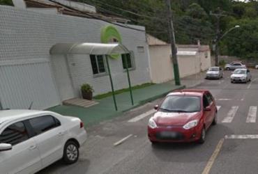 Caminhão atinge poste no Imbuí e tráfego é afetado | Reprodução | Google