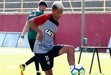 Erick quer resultado positivo em jogo de seis pontos contra a Chapecoense | Maurícia da Matta | EC Vitória