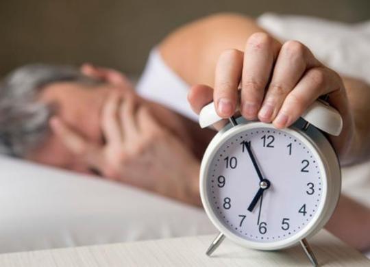 Operadoras adiantam relógios em uma hora e causam confusão | Divulgação | Freepik