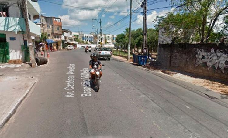 O acidente aconteceu na Avenida Cardeal Brandão Vilela, na Mata Escura - Foto: Reprodução | Google Maps