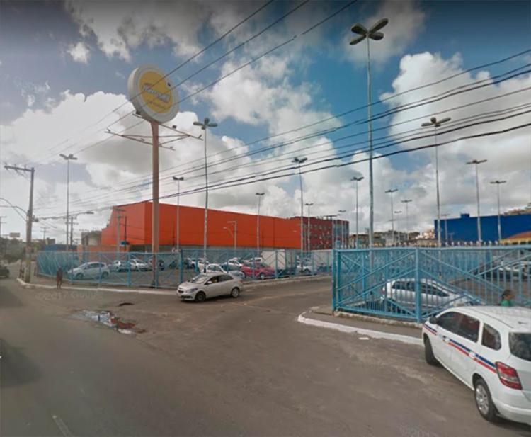 Acidente aconteceu em frente ao Mercantil Rodrigues da avenida Jequitaia - Foto: Reprodução | Google Maps