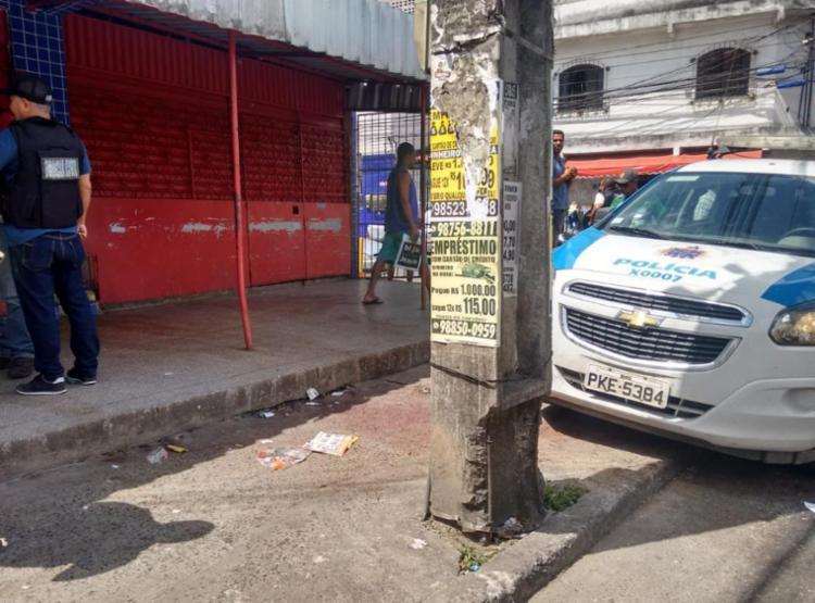 Crime foi cometido por homens em um carro na entrada da Vila Dois Irmãos - Foto: Andrezza Moura | Ag. A TARDE