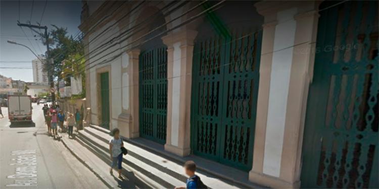 O acidente ocorreu em frente a Igreja Nossa de Brotas, na avenida Dom João VI, no bairro de Brotas - Foto: Reprodução   Google Maps