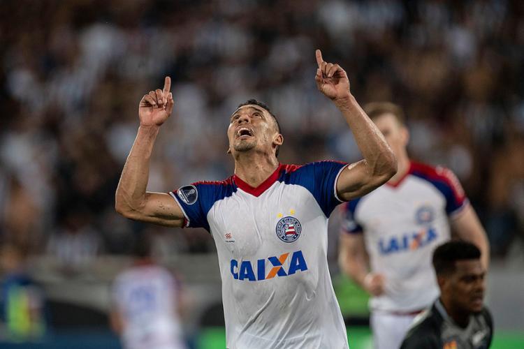 Atacante Edigar Junio marcou gol do Tricolor que levou decisão para as penalidades - Foto: Mauro Pimentel l AFP