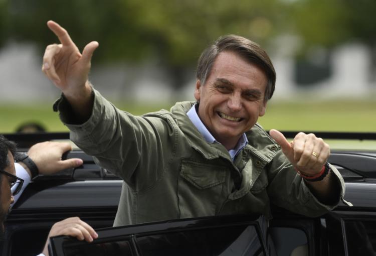 No exterior, Bolsonaro venceu na Suíça e na Inglaterra e Haddad ganhou na França - Foto: Mauro Pimentel   AFP
