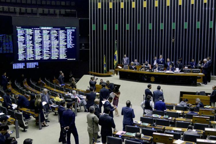 O número de parlamentares negros cresceu quase 5% em relação a 2014 - Foto: Wilson Dias | Agência Brasil