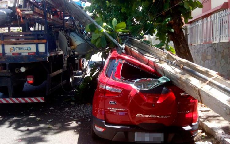 Acidente causou um bloqueio parcial da via e algumas sinaleiras foram desligadas - Foto: Divulgação | Transalvador