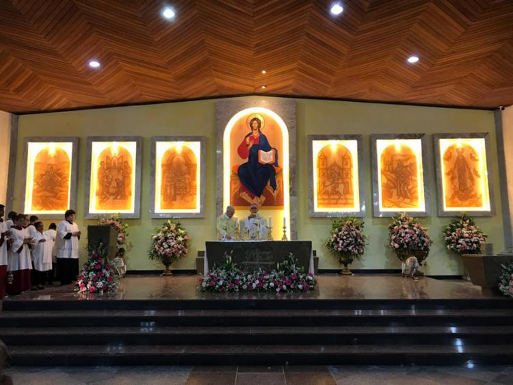 Novo altar foi inaugurado no Santuário. Ícones foram pintados por iconógrafo cearense especialista em arte bizantina